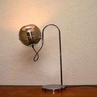 Midcentury table lamp in the style of the Raak Globe 2000 by Frank Ligtelijn, 1970s space age