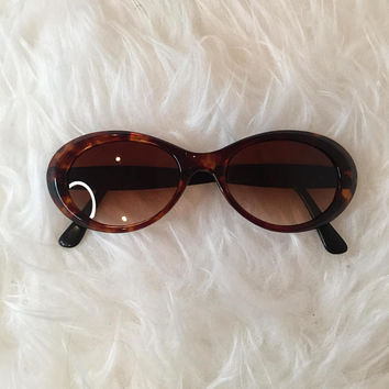 Vintage Brown Oval Sunglasses