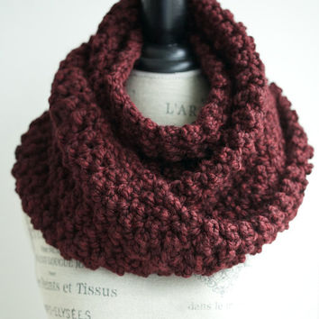 Soft burgundy infinity scarf, chunky scarf in oxblood red, crochet scarf in wine color - Crocheted wool scarf
