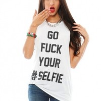 The Laundry Room Selfie Thrasher Muscle Tee | SINGER22.com
