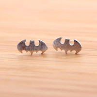 BATMAN stud earrings, in silver