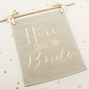 Gold Foil Wedding Sign - Here comes the Bride