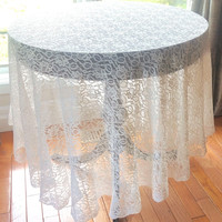 """Vintage Tablecloth, Large Lace Tablecloth,78"""" Round Table Cover,Off White Lace Table Linen,Altar Cloth,Cottage Chic Vintage Linen,Boho Decor"""