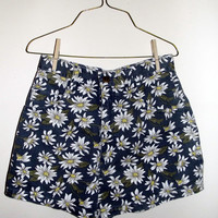 90s grunge daisy floral high waisted shorts by MOSSMILK on Etsy