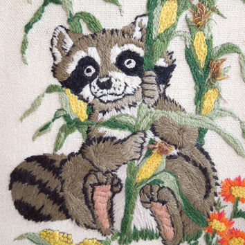 Framed art embroidery wall hanging - Embroidered raccoon eating corn - Raccoon embroidery - Ready to hang (Ready to ship)