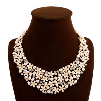 Shiny New Arrival Gift Stylish Korean Jewelry Champagne  Color Pearls Diamonds Floral Necklace [6056666881]