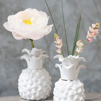 "Pineapple Ceramic Floral Vase in White - 6"" Tall x 4"" Wide"