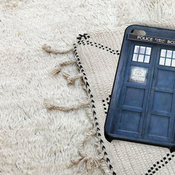 Tardis Box iPhone 5 iPhone 4 / 4S Plastic Hard Case Soft Rubber Case