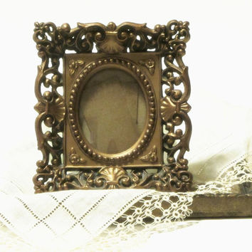 Gold Filigree Picture Frame Cameo Creations Victorian Style Portrait Wall Decor