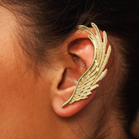 Spread-Your-Wings-Ear-Cuff GOLD - GoJane.com