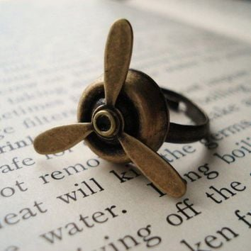 Steampunk Ring, Antiqued Brass Spinning Propeller on Adjustable Base, Novelty Ring, Geekery, Aviation Jewelry