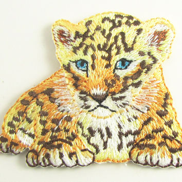 "Tiger Cub Embroidered Animal Iron-On 1.5"" x 2"""