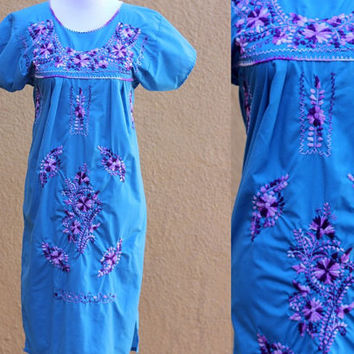 Vtg Mex Peasant Midi Dress Floral Embroidered blue purple Flowy Medium Boho hippie tunic Long