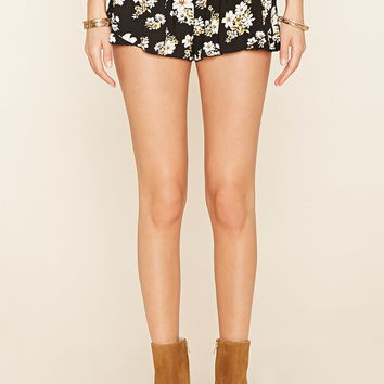 Pleated Floral Print Shorts | Forever 21 - 2000176392