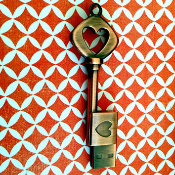 6-pack of: Key to My Heart, Flash Drive Gift 8GB