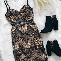 London Eyelash Lace Dress (Black)