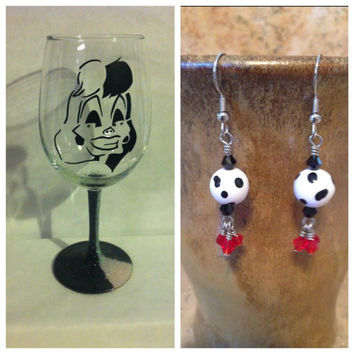 Gift Bundle Cruella de Vil inspired by Disney's 101 Dalmatians glittered wine glass and earrings set