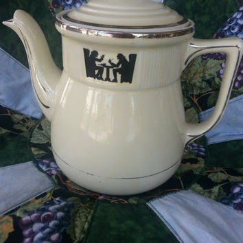 Antique Hall Superior Quality Kitchenware Art Deco Silhouette Tavern 1930s Coffee or Tea Pot