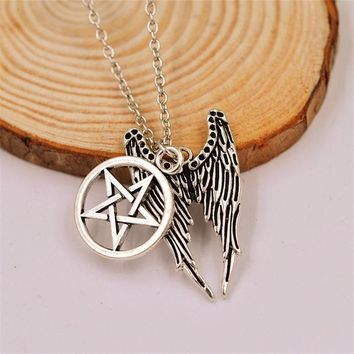 Fashion Anime Movie Supernatural Bird Angel Wings Five-Pointed Star Pendant Necklaces Gothic Link Chain Choker Necklace