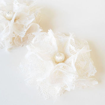 Ivory Flower Hair Clips, Ivory Lace Flowers Bridal Hair Pieces, Bridesmaid Hair Accessories, Hair Flowers Wedding, Off White Floral Hair