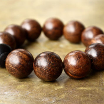 Mens brown bracelet Very large wooden bead bracelet Minimal mens fashion jewelry Hipster style Natural sandalwood big bead Masculine style