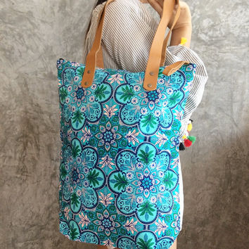Blue Tote Bag / Bridesmaid gift / Bachelorette Party / Gift / Summer / Boho Beach Bag / Tote bag / Canvas Boho bag / Gift for Girlfriend