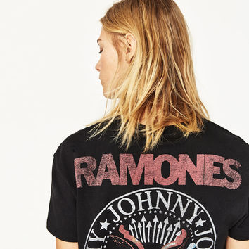 SHORT-SLEEVE RAMONES T-SHIRT