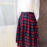 Handmade Long Plaid Skirts. Pleated Flannel Plus Size Skirt. Midi Skirt with Pockets. Women Autumn Winter Skirts 50s style Skirt. Tea Length