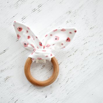 Wooden Teether in Poppy
