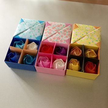 Little box of origami roses - blue,pink,yellow - 4cm