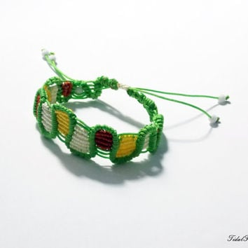 Green bracelet - woven bracelet - boho bracelet - boho jewelry - green jewellery - boho bracelet with beads and bright colors - friendship