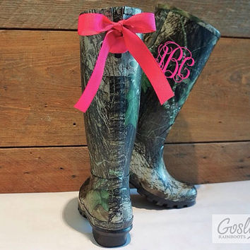 Pre-Sale: Personalized, Tall, Camo, Rain boots, Hot Pink, Bows, Monogram