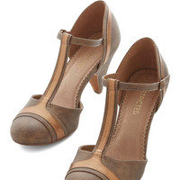 ModCloth Vintage Inspired Not a Care in the Whirl Heel