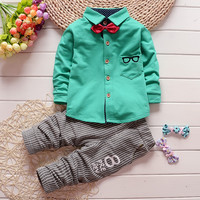 2016  New baby boys girls cartoon suit long-sleeved t-shirt + pants striped distant point Minnie sets cotton children Kids sets