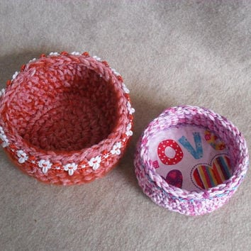 Little Pink Love Bowl, Orange rick rack Crochet Cotton Yarn Bowl