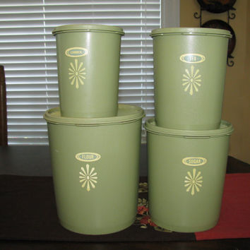 Tupperware 4 piece Canister Set with Lids - Green