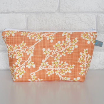 Makeup Bag / Zipper Pouch in Autumn Woods Collection 'Berries Peach'