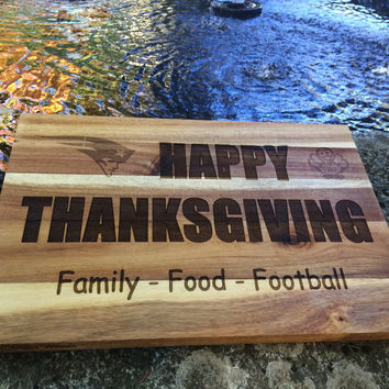 Happy Thanksgiving! Serving / Cutting Board