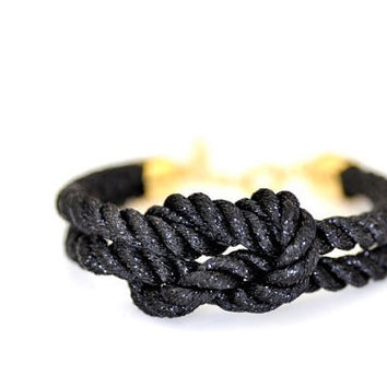 Square Knot Bracelet Metallic Black by DobleEle on Etsy