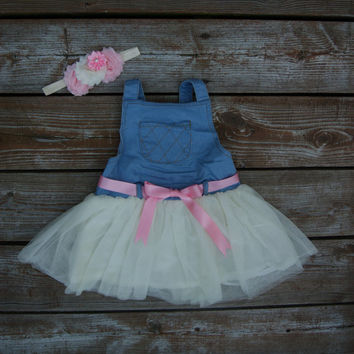 Toddler dress. Overall dress. Little girl dress.Tutu overalls. Country girl dress. Baby girl outfit. Baby girl denim dress.