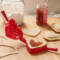 Heart Pie Mold - Urban Outfitters