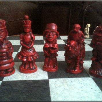 Alice in Wonderland - Through the Looking Glass Chess Set with Contrasting Sides and Two Extra Queens