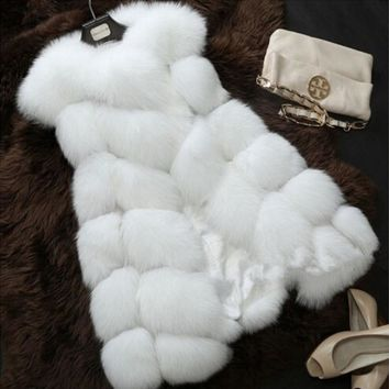 2017 new winter fox fur vest faux fur vest women jacket mink waistcoat outerwear short paragraph Leather grass fur coat