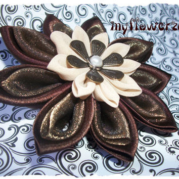Kanzashi Flower The rustic elegance pointy petals by MyFlowerZone