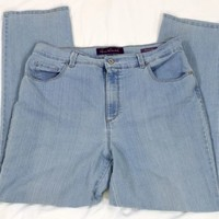 Gloria Vanderbilt Womens Amanda Light Blue Jeans Size 16 Straight Leg