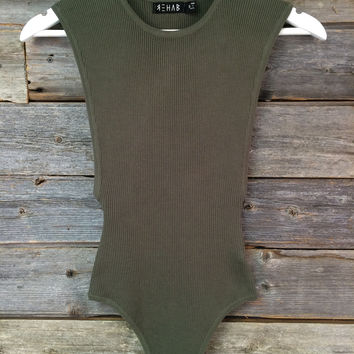 SIDE-BOOB KNIT BODYSUIT - OLIVE