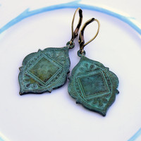 Vintage style Moroccan shield verdigris dangle drop earrings, tribal earrings, Moroccan earrings,  Arabian earrings, ethnic earrings VSM17