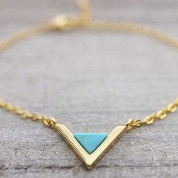 Turquoise triangle gold bracelet with an adjustable extension chain