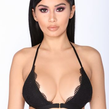 Feelings In The Air Bralette - Black