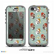 The Cartoon Snowy Colored Owls Skin for the iPhone 5c nüüd LifeProof Case
